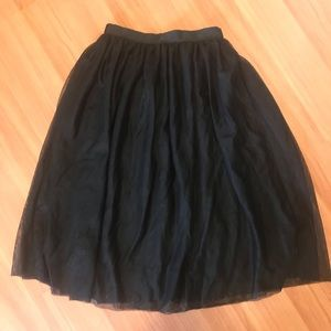 Soft & Pretty ~ H&M chiffon skirt